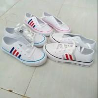 Sepatu Karet Komin Adidas ( Garis hitam, pink, biru )