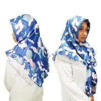 jilbab segi tiga instan motif