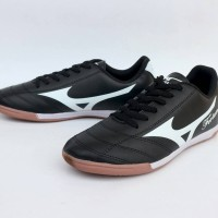 Sepatu Futsal Mizuno Fortuna Archer Hitam List Putih Import