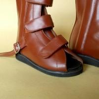 sepatu ortopedi koreksi jinjit