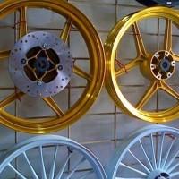 Velg TDR ring 18 crome gold