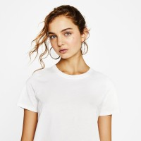 8TEEN T-shirt Kaos Polos Wanita Warna Putih Basic Tshirt Bahan Cotton