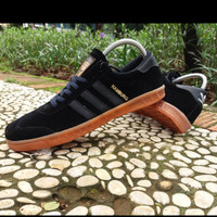 sepatu sneakers kets ADIDAS HAMBURG FULL BLACK High Quality