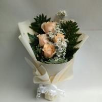 Buket bunga mawar asli hadiah untuk ibu
