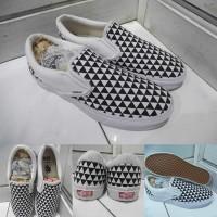 Sepatu Vans Slip On OG Stockholm SNS Sneakersnstuff Checkerboard Cat