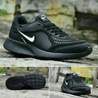 Sepatu NIKE Hitam Untuk SEKOLAH, JOGGING, KERJA & KULIAH Pria & Wanita