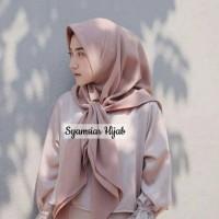 Hijab / Jilbab Segitiga Instan , Kerudung Segi Tiga 3 Instant