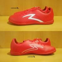 Specs Barricada Guardian IN - Red. Sepatu Futsal Murah Sale Diskon Top