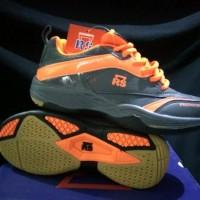 Sepatu Badminton Bulu Tangkis RS Sirkuit 571