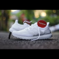Sepatu Adidas Ultra Boost Full White For Men And Women Foto Real Pict