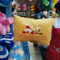 grosir pabrik bantal leher souvenir karakter custom logo promosi
