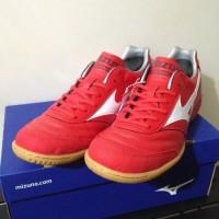 Sepatu Futsal Mizuno Q1GA180062 Morelia In High Risk Red White