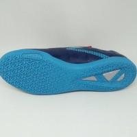Produk Terbatas Sepatu futsal specs quark in galaxy blue original new