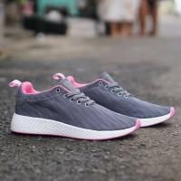 Sepatu Adidas R2 PK Abu Grey Pink / Gym Fitness Running / Cewe Wanita