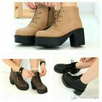 sepatu sneakers casual polos simpel boot heel docmart MUGELLO