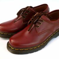 Sepatu kulit pria model Docmart - Doctor marten low 3 hole