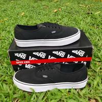 Sepatu Sneakers Casual Vans Authentic Black Sepatu Skateboard