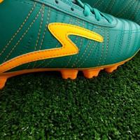 sepatu bola SPECS horus FG - tosca/ hijau/ orange