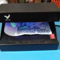 Money detector /Lampu deteksi uang palsu 4watt