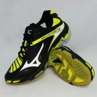Sepatu Volly Voli Mizuno V1GA170075 Wave Lightning Z3 Black White Bolt