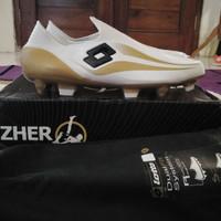Sepatu Bola Original Lotto Zhero Gravity