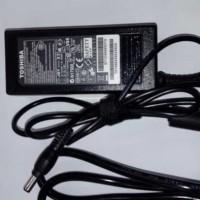 Charger Laptop Toshiba Satellite L510 A200 L500 L505 L515 ORI chesh