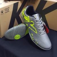 Sepatu Futsal KELME STAR EVO NEW STOCK SILVER LIME TOP KELME