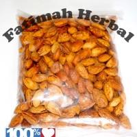 Almond Roasted (panggang) in Shell -Kacang almond dengan kulit-250 gr