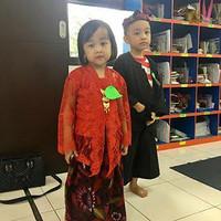 Baju Kostum Karnaval Anak Cewek Adat Daerah Madura Marlena