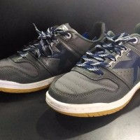 Original Outlet Kelme Sepatu Futsal INTENSE 4 0 D GREY BEST SHOES