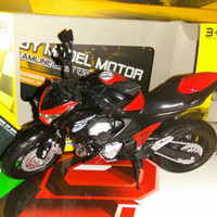 Miniatur Diecast Motor Sport Moge Merah Skala 12 Alloy Models