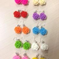 Anting Mawar Kait Plastik / Roses Plastic clasp earrings / Fashion