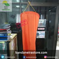 Windsock/ Petunjuk Arah Mata Angin 45cmX50cmX143cm - 45x50x143cm