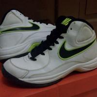 Sepatu Basket Original Nike The Overplay VII