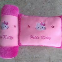 bantal kotak persegi, guling, gambar hello kitty, warna pink