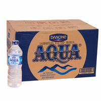 AQUA air Mineral botol tanggung 600ml 600 ml 1 dus isi 24pcs Gojek