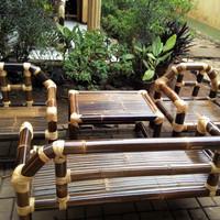 Kursi Teras Bambu Hitam Sederhana