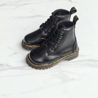 Sepatu Boots Anak Docmart Hitam