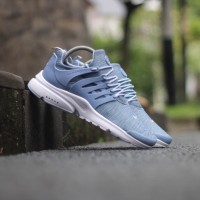 sepatu sneakers casual running nike air presto biru muda men cowok