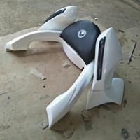 sandaran / Backrest plus spion lipat honda pcx lokal 2018
