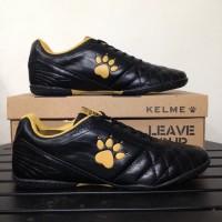 SEPATU FUTSAL KELME POWER GRIP - BLACK/GOLD