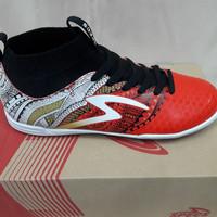 Sepatu futsal specs Heritage in - Emperor Red/Gold/White