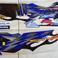 lis body/ striping / stiker honda supra fit new R 2006 cw biru putih