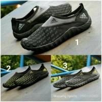 Sepatu  Adidas Slop Slip On Cowok Cowo Men Man Pria Running Run Import