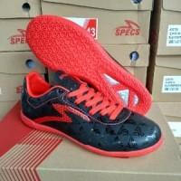Sepatu futsal SPECS Quark in Black emperor red Murah