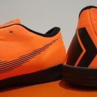 Sepatu Futsal Nike Mercurial Vapor XII Academy Orange Sol Full Black