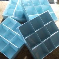 box coklat sekat 9 biru / valentine / murah meriah / kotak saja