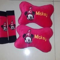 Bantal Mobil Exclusive 2 in 1 Bordir Mickey Merah