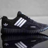 Sepatu adidas yeezy hitam new model