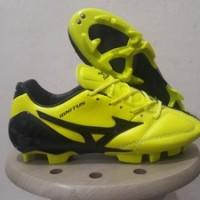 Sepatu Bola Mizuno Wave Ignitus 4 Yellow Black FG Replika Impor
